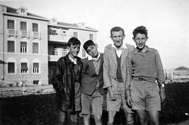 """אריה בן גוריון אפריל 1934 , אריה בעת הלימודים בביה""""ס הריאלי בחיפה"""